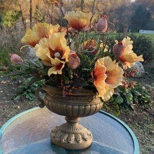 Beautiful  Ethan Allen Flower Arrangement in Urn